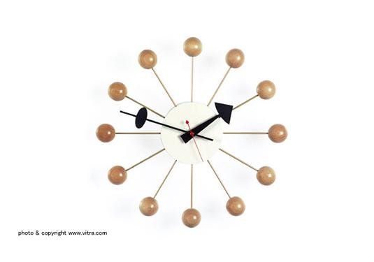 ball-clock-wood